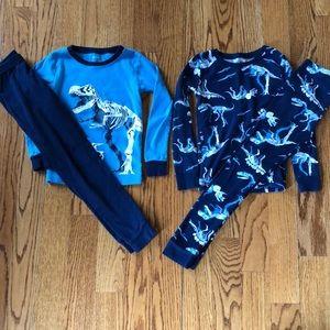 Carter's long sleeve dinosaur pajama set
